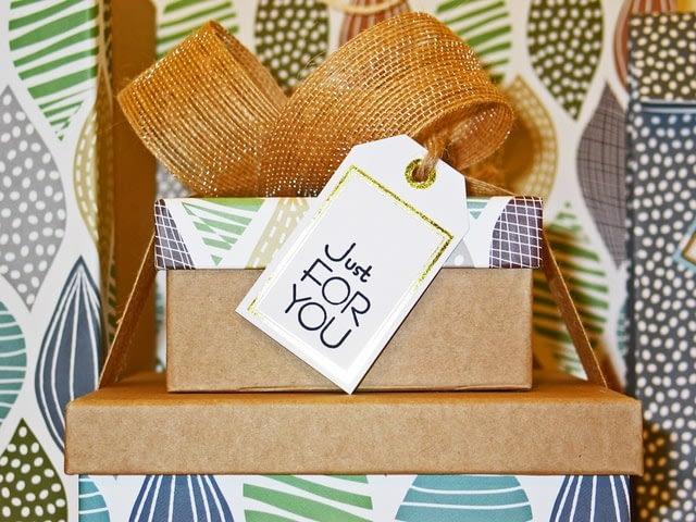 gift card, customer retention