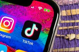 Using the best hashtags for your TikTok content